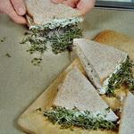 Сэндвич с кресс – салатом