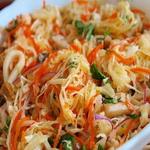Салат из кальмаров, с квашеной капустой
