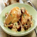 Фаршированная грибами курица (тушеная)