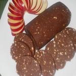 Шоколадная колбаска (пирожное)