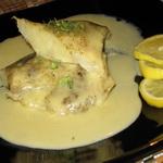 Рыба, жаренная в масле, с горчичным соусом