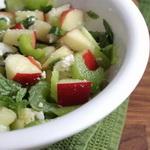 Салат из сельдерея и свеклы