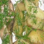 Куриная голень с молодой картошкой и молодым укропом в духовке