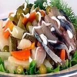 Салат к рыбным блюдам