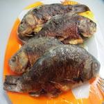 Обжаривая рыбу, добавьте
