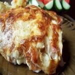 Запеченный с ветчиной и сыром картофель