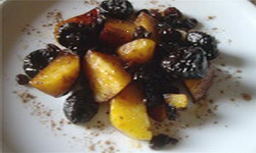Картофель с соусом из изюма