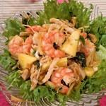 Тайский салат с ананасом
