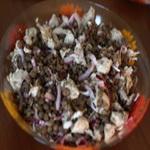 Тёплый салат с чечевицей