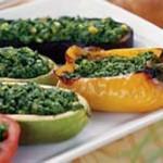Молодые овощи, фаршированные шпинатом