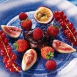 <strong>Салат из фруктов и ягод по – еврейски</strong>