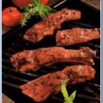 Свиная грудинка, жареная с томатным соусом
