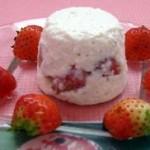 Десерт из творога с клубникой