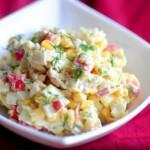 Крабовый салат с перепелиными яйцами