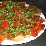 Закуска из болгарского перца, на хлебе