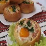 Соленая булочка с яйцом