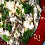 Закуска из маринованных грибов с яйцом