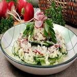 Салат из редиса и огурцов