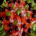 Закуска – салат из помидоров, консервированных в собственном соку