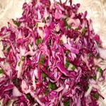 Картофельный салат с маринованной капустой