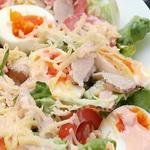 Салат из яиц со сладкой паприкой
