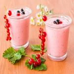Коктейль «красная смородина с мороженым»