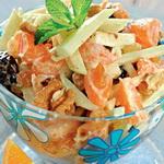 Салат яблочно — мандариновый, с изюмом