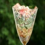 Салат – коктейль с варёной колбасой и редисом